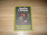 Agatha-Christie-De-versierde-bezemsteel