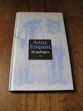 Anna-Enquist-De-ijsdragers